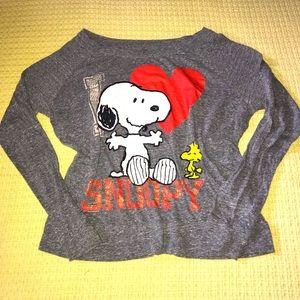 😍2/$25 Peanuts Snoopy Grey/Red T-shirt Sz M